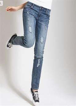 Как сделать рваные джинсы в домашних условиях