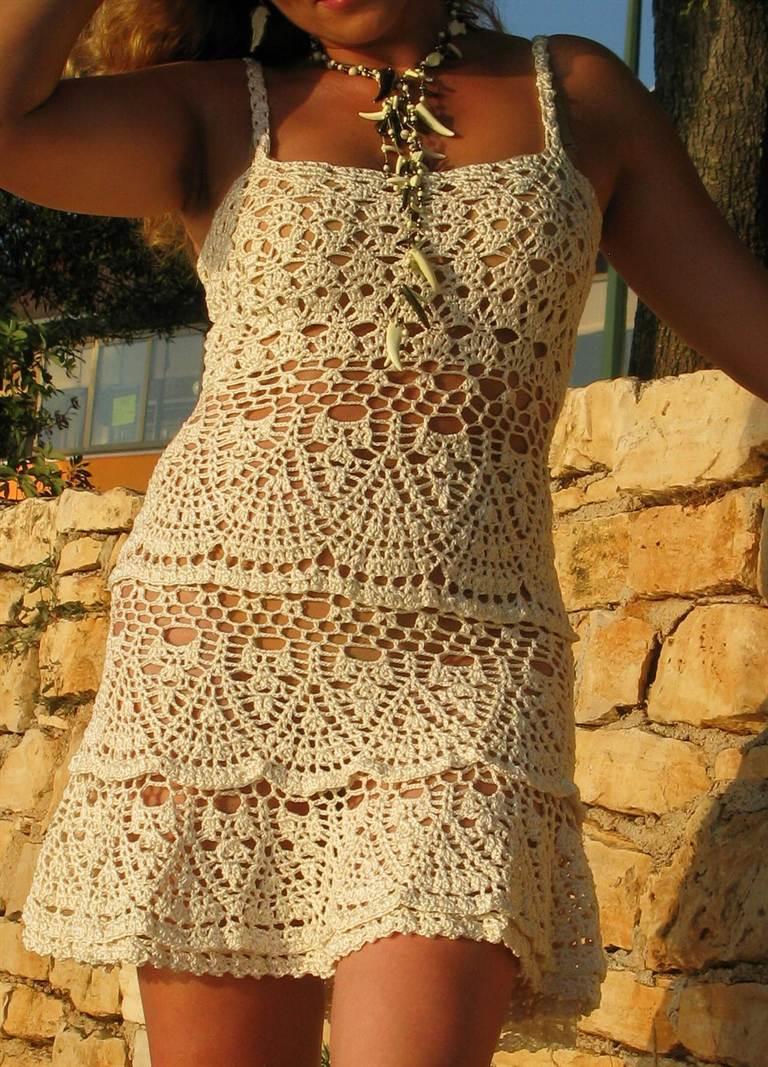 Оригинальные платья крючком 77
