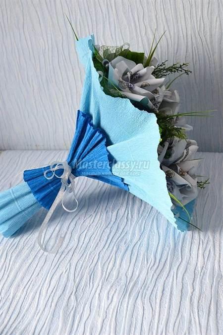 Как сделать упаковку для цветов из гофрированной бумаги своими руками