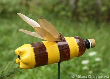 Пчела из пластиковых бутылок как делать