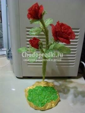 Роза из бисера со схемами