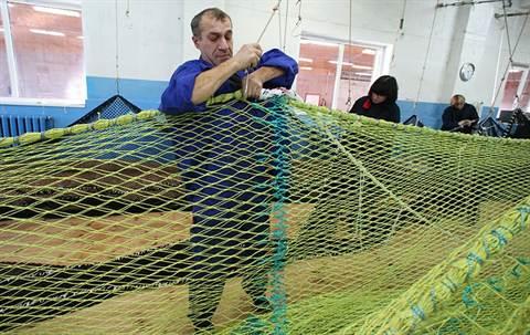 Чем связать рыболовную сеть