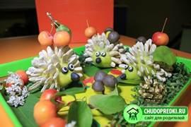 Осенние поделки из овощей и фруктов своими руками для детского фото 171