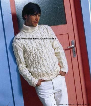 e0e535d67d6e0 Обычно белые свитера для мужчин вяжут спицами. Это несомненный плюс для  тех, кто любит и умеет ими вязать. К тому же, пряжа светлых оттенков хорошо  ...