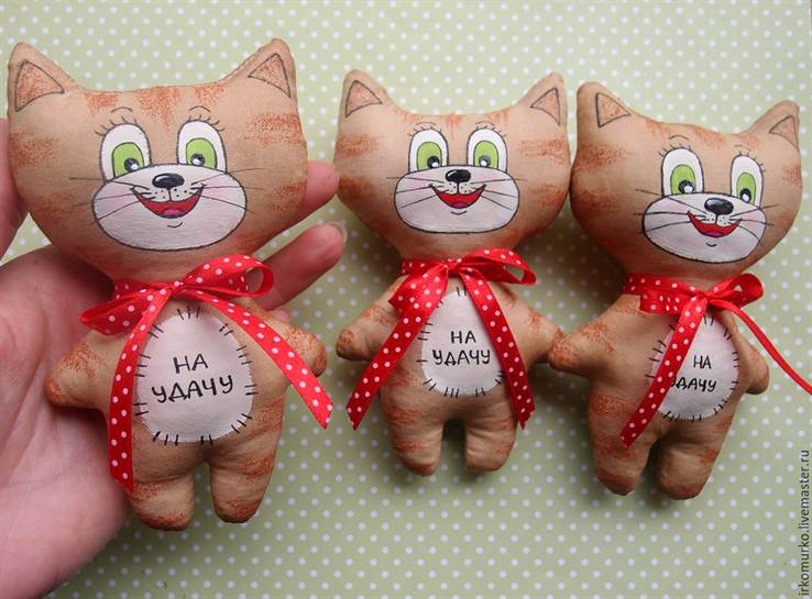 Котик с сердечком своим руками