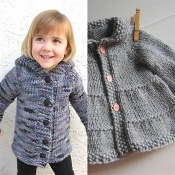 вязаное пальто для девочки спицами со схемой вяжем теплые вещи для